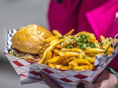 Burger in Oakland