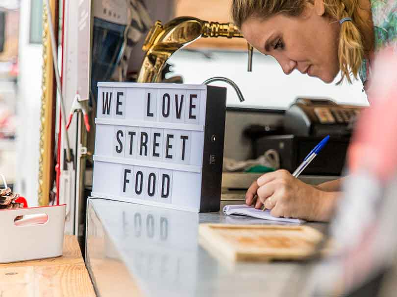 We love Street-Food auf dem Foodtruck RoundUp in Nürnberg